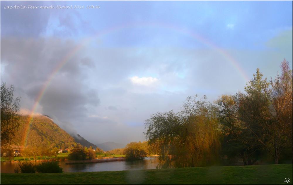 Arc en ciel sur le lac de la Tour